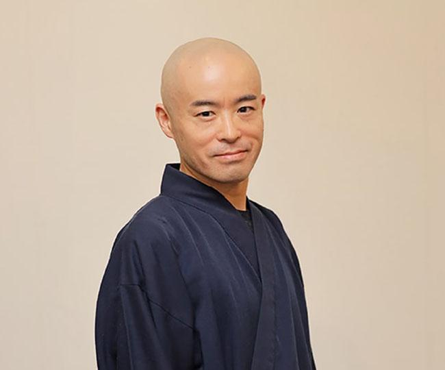 yoshimichi_prof02